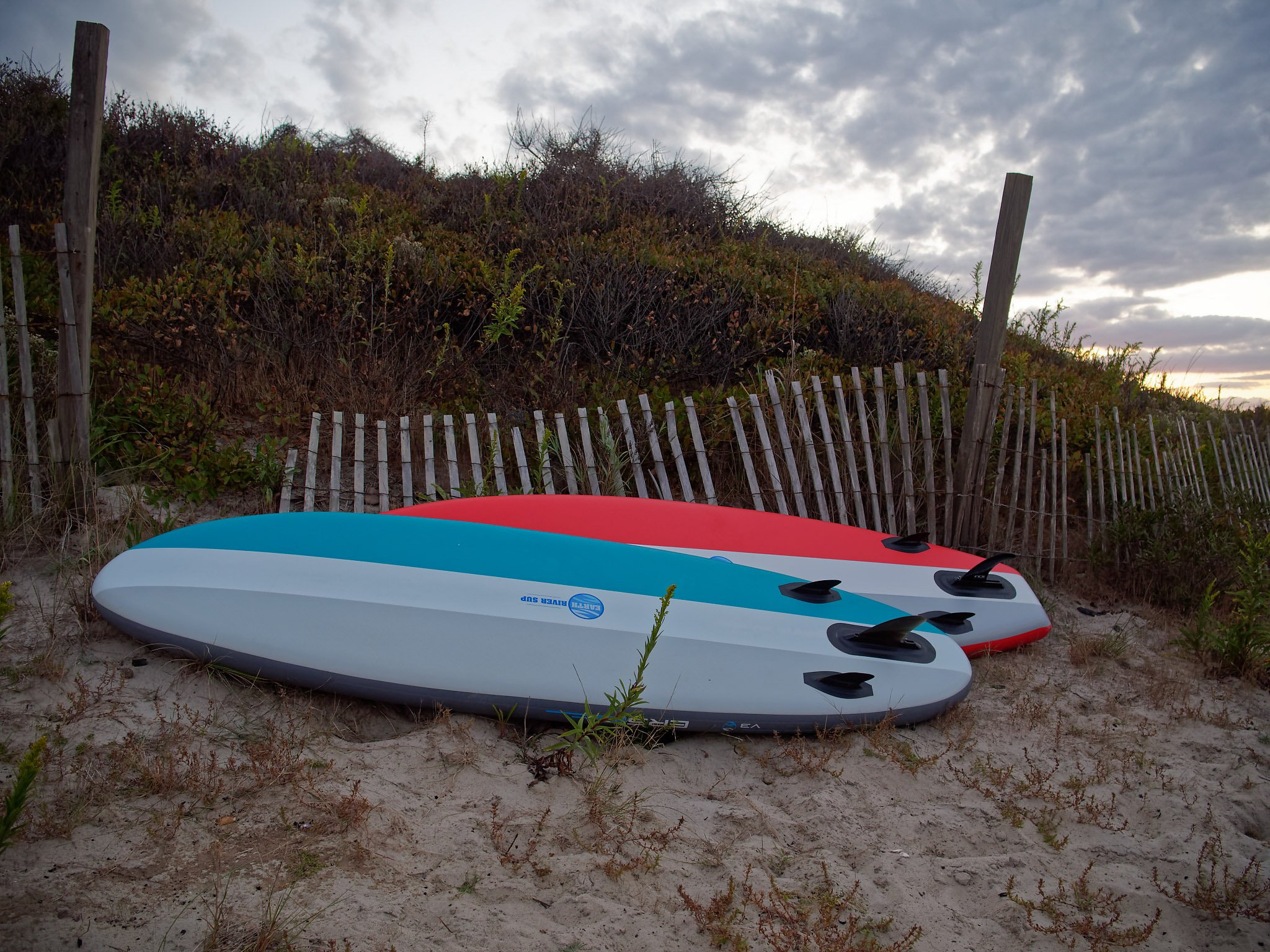 """Earth River SUP: V3 10'0"""" Blue & Red"""